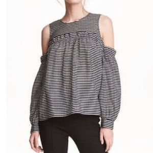 H&M gingham Cold Shouler Ruffle Trim Top